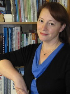 Author Shannon Combs-Bennett